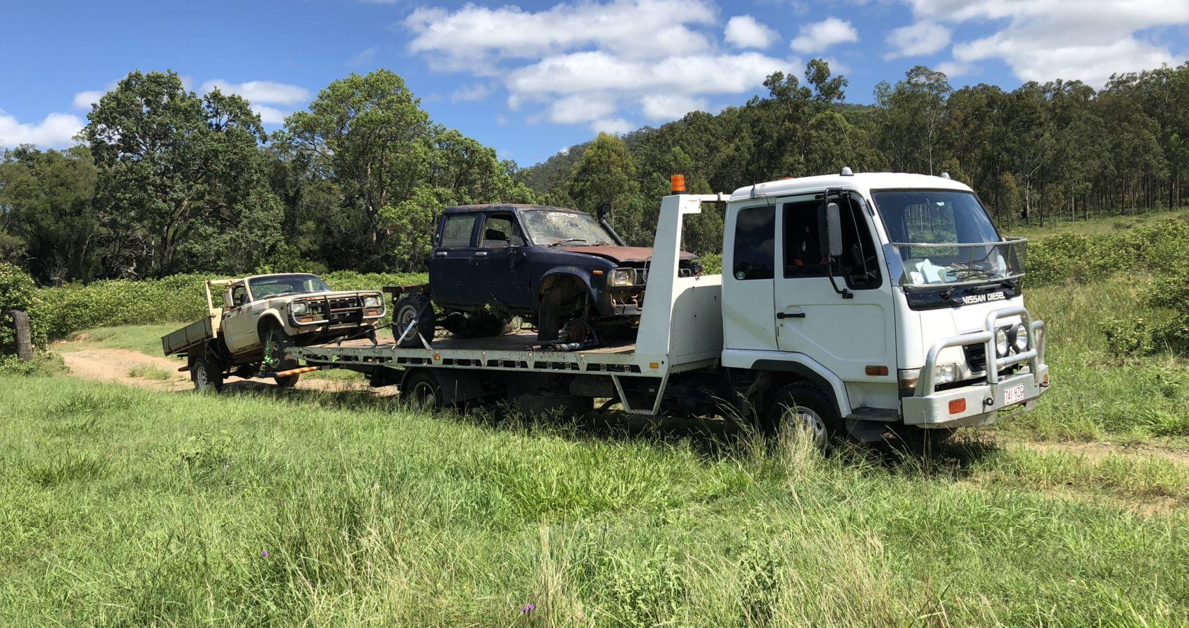 Sell your Unwanted Cars, Vans, Utes, 4wd and trucks to cash for cars Removal Brisbane, Sunshine Coast, Gold Coast, Logan, Bay side, Wynum, Toowoomba, Ipswich Caboolture, Gympie. When it comes to cash for cars and car removal services cash for cars is the best choice of car removal and cash for cars right across South East QLD.